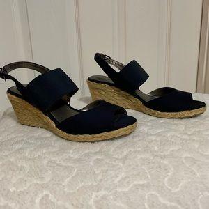 BANDOLINO Navy espadrille wedge sandals